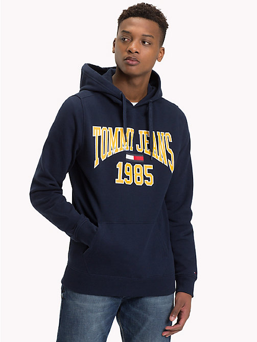 TOMMY JEANS Retro Graphic Hoody - BLACK IRIS - TOMMY JEANS Sweatshirts & Knitwear - main image