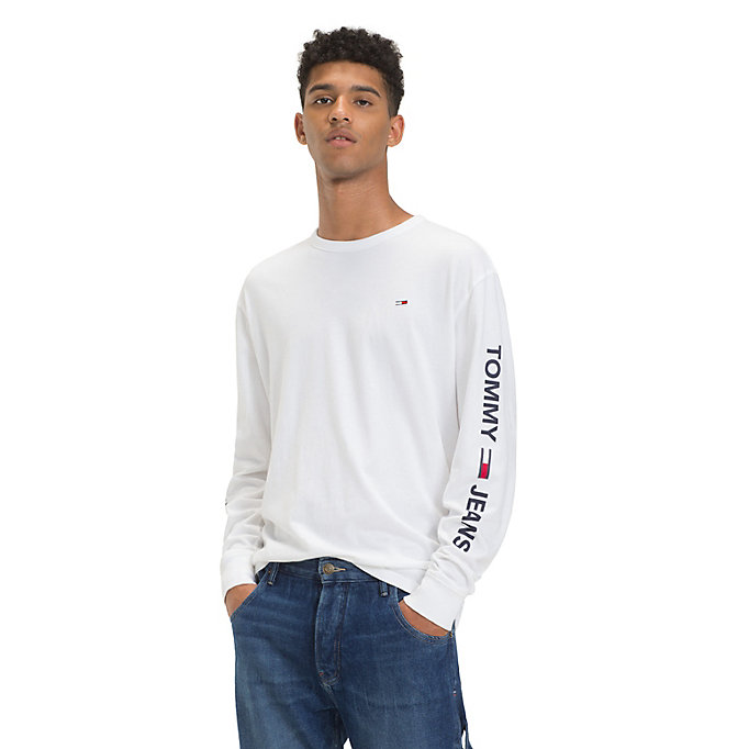 e615aacbc TOMMY JEANS Long Sleeve Logo T-Shirt - CLASSIC WHITE - TOMMY JEANS Men ...