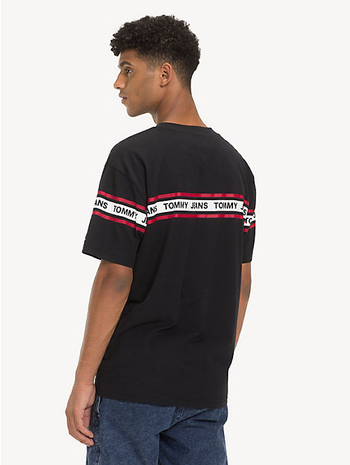 TOMMY JEANS T-Shirt mit Tommy Jeans-Logo-Tape - TOMMY BLACK - TOMMY JEANS T-Shirts & Poloshirts - main image 1