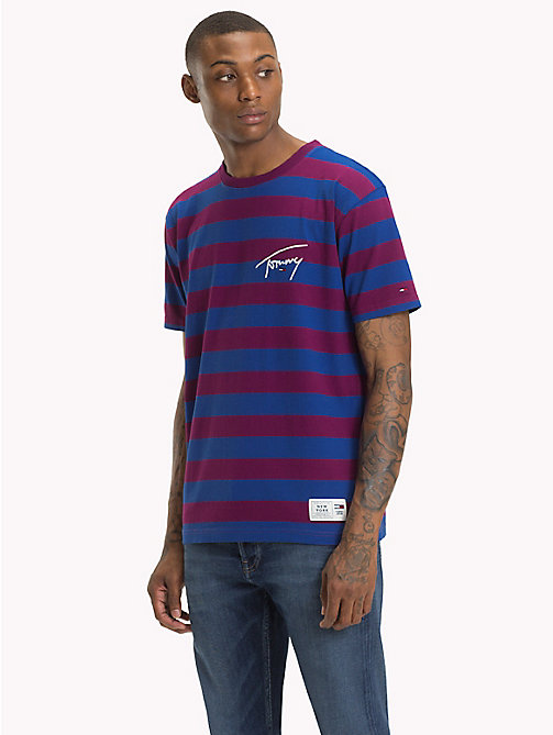 TOMMY JEANS Gestreiftes T-Shirt mit Branding - DARK PURPLE / SURF THE WEB - TOMMY JEANS Signature Collection - main image