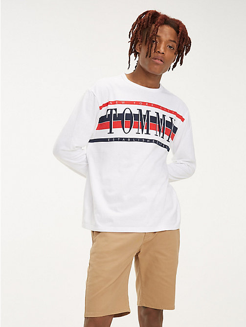 TOMMY JEANS Tommy Jeans Stripe Logo T-Shirt - CLASSIC WHITE - TOMMY JEANS T-Shirts & Polos - main image