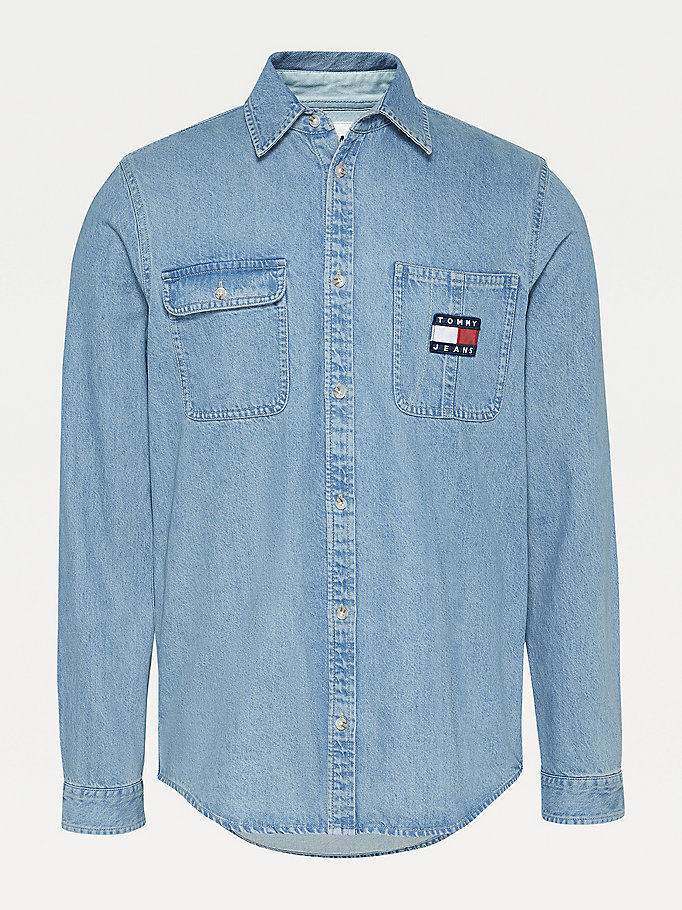 denim jeanshemd mit tommy-badge für men - tommy jeans