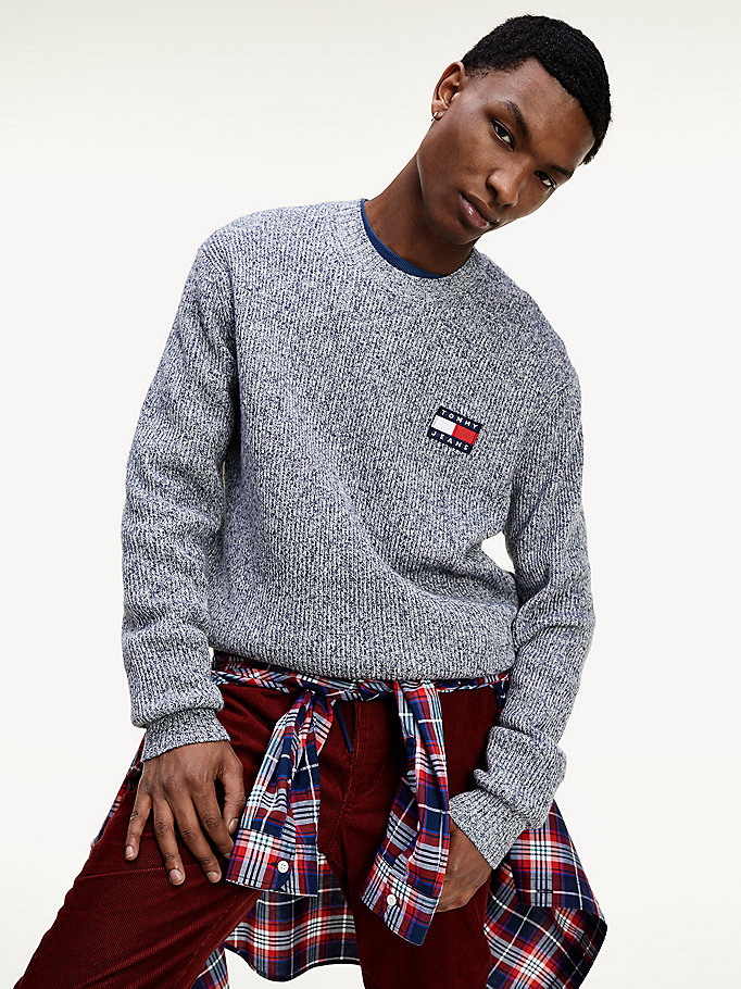 blue tommy badge textured jumper for men tommy jeans