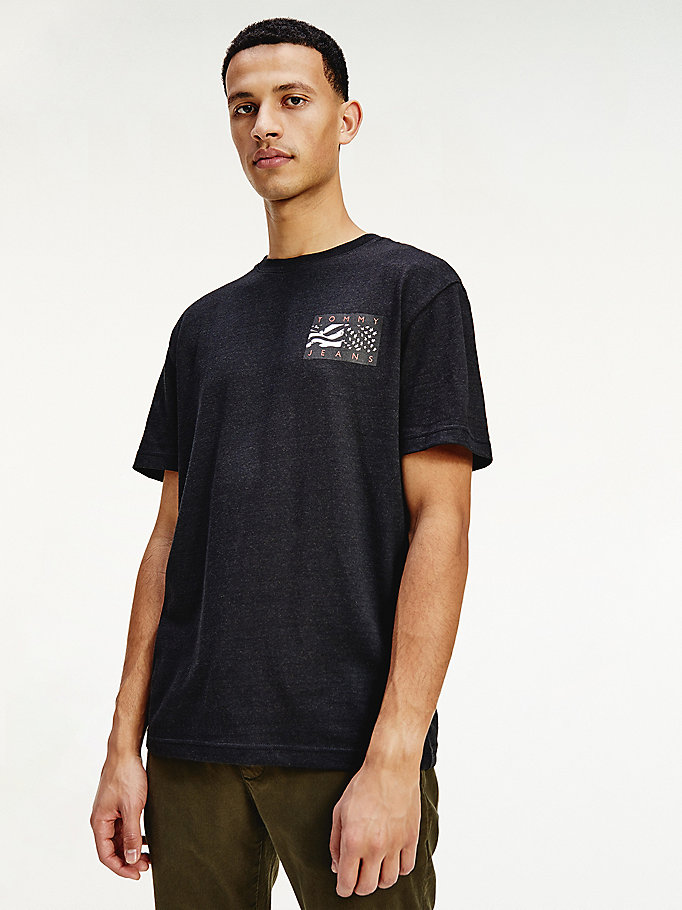 black back flag logo t-shirt for men tommy jeans