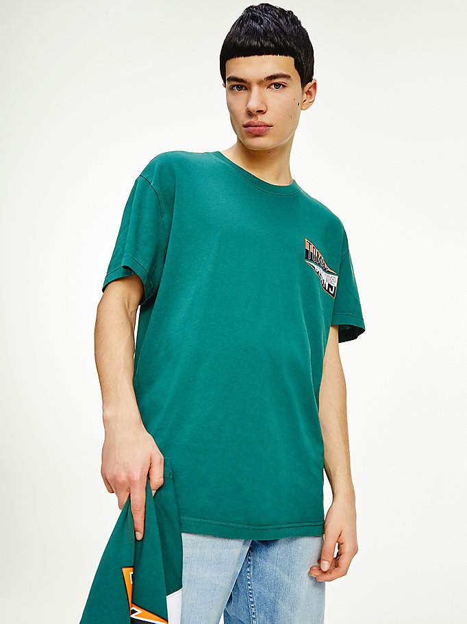 t-shirt relaxed fit con logo college floccato verde da men tommy jeans
