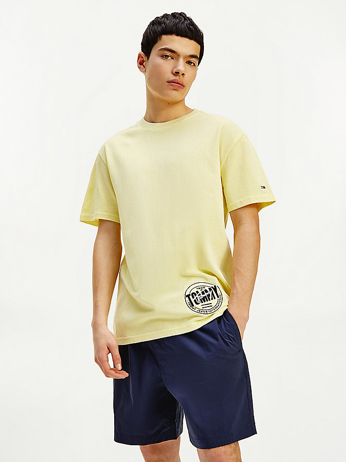 green relaxed fit logo t-shirt for men tommy jeans
