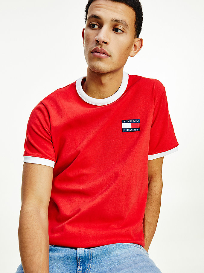 red contrast badge t-shirt for men tommy jeans