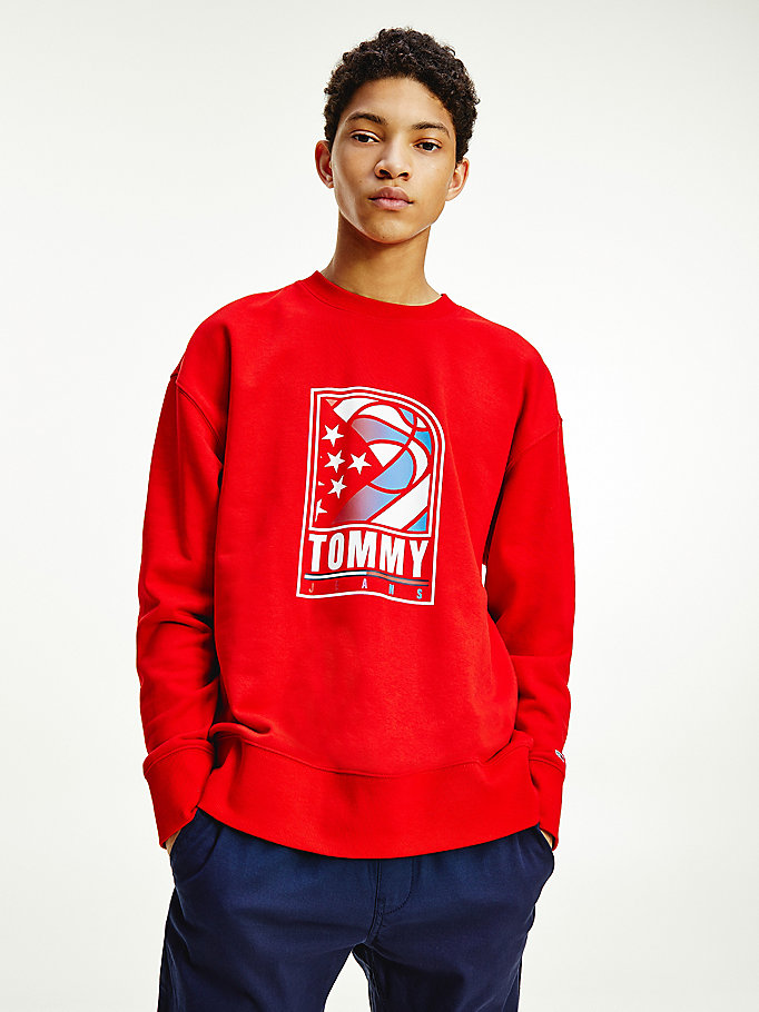 red basketball logo relaxed sweatshirt for men tommy jeans