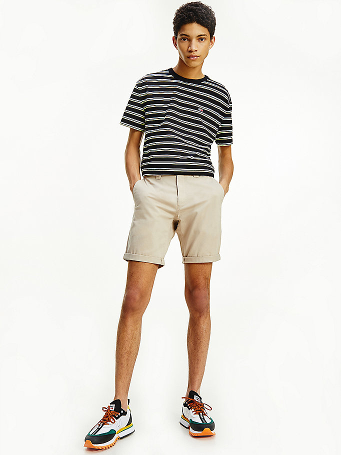 beige scanton regular fit chino-shorts für herren - tommy jeans