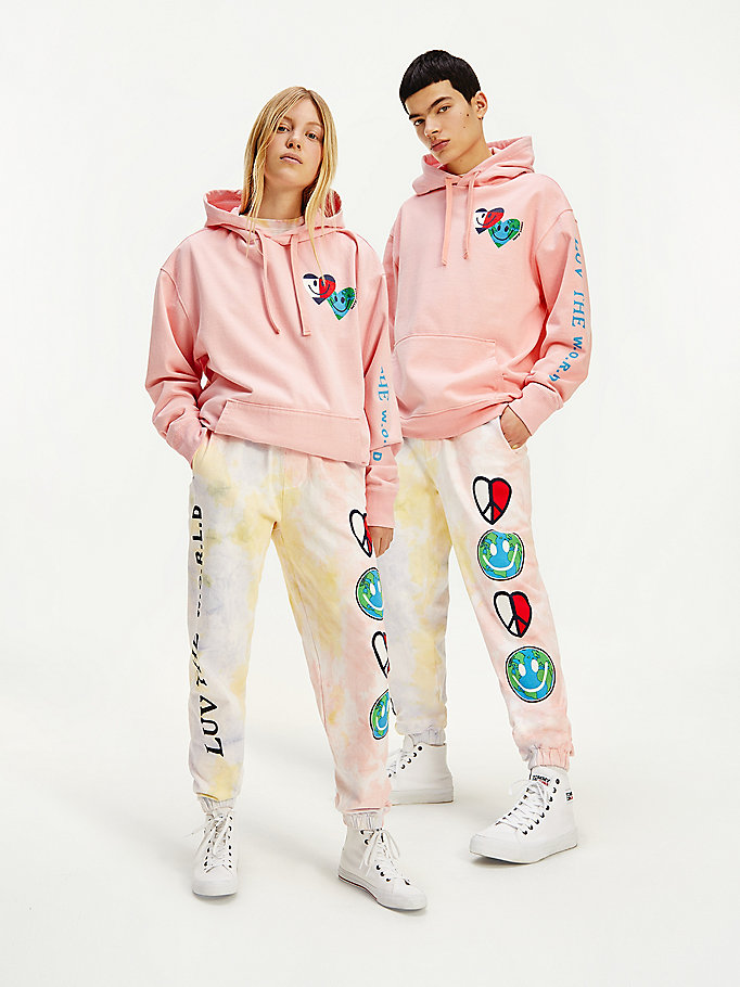sweat à capuche cœurs luv the world rose pour hommes tommy jeans