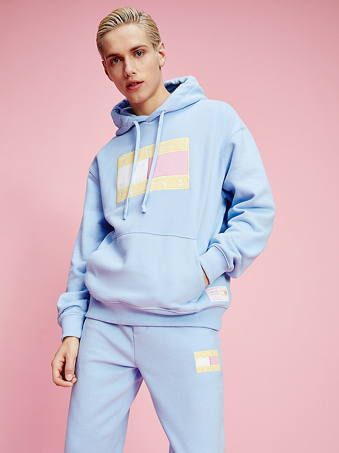 blue pastel flag badge hoody for men tommy jeans