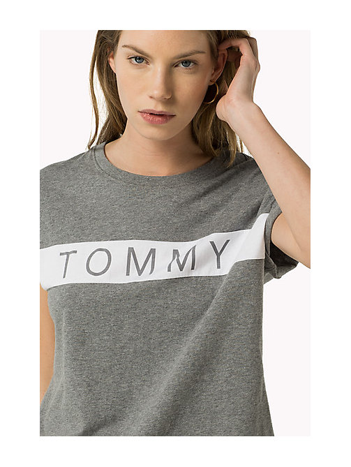 TOMMY JEANS Cropped Logo T-Shirt - MID GREY HEATHER - TOMMY JEANS Women - main image
