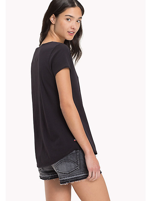 TOMMY JEANS Organic Cotton Jersey Top - BLACK BEAUTY - TOMMY JEANS Sustainable Evolution - detail image 1