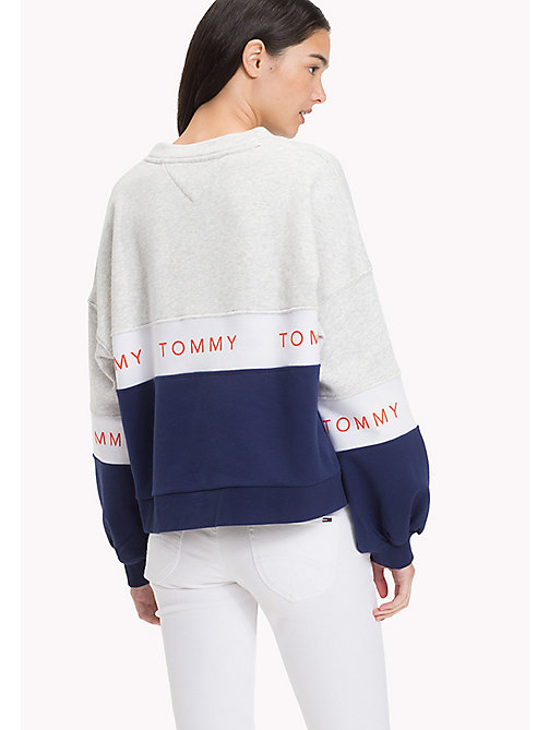 TOMMY JEANS Fleece Cropped Sweatshirt - LT GREY HTR / MULTI - TOMMY JEANS Clothing - detail image 1