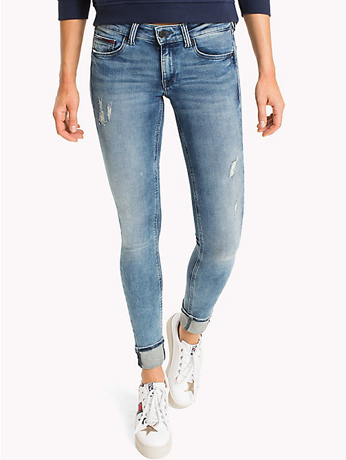 TOMMY JEANS Jeans in dynamic stretch effetto sbiadito - DYNAMIC BALMY LIGHT BLUE STRETCH DESTRUC - TOMMY JEANS DONNE - immagine principale