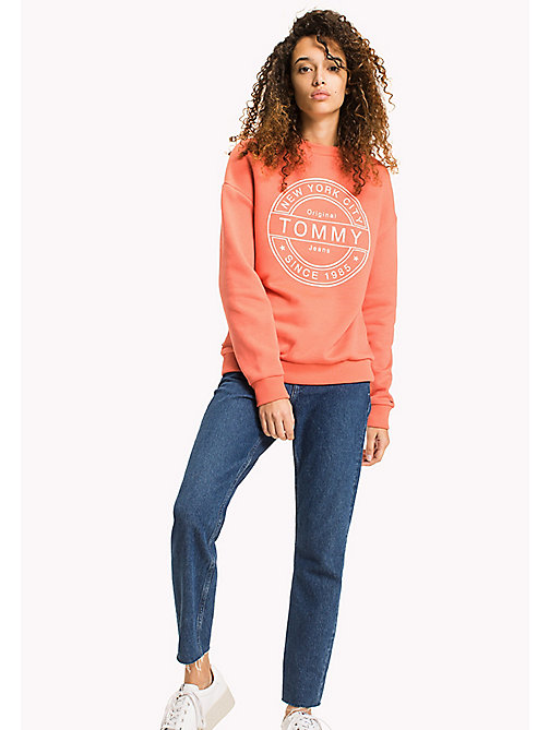 TOMMY JEANS Tommy Jeans Logo Sweatshirt - SPICED CORAL - TOMMY JEANS Sweatshirts & Hoodies - main image