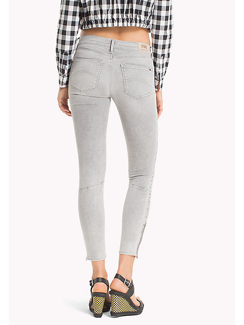 TOMMY JEANS Nora Skinny Fit Jeans - EDGY LIGHT GREY STRETCH - TOMMY JEANS Festival Season - detail image 1