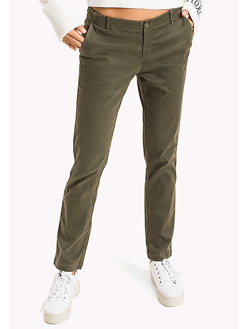 TOMMY JEANS Medium-rise slim fit chino - GRAPE LEAF - TOMMY JEANS Broeken & Rokken - main image