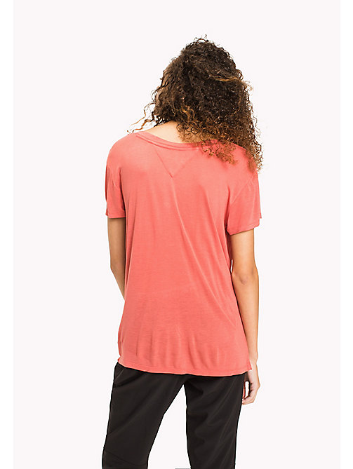 TOMMY JEANS Viscose tricot relaxed T-shirt - SPICED CORAL - TOMMY JEANS DAMES - detail image 1