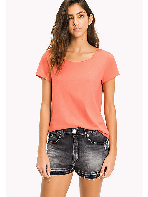 TOMMY JEANS Organic Cotton Jersey T-Shirt - SPICED CORAL - TOMMY JEANS Sustainable Evolution - imagen principal