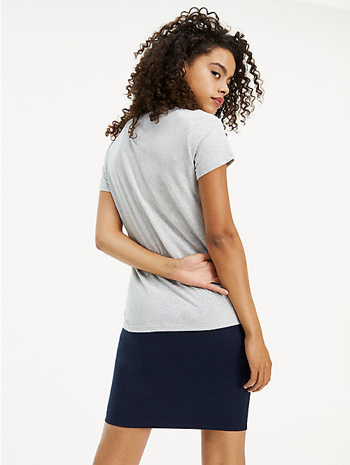 TOMMY JEANS T-Shirt mit Rundhalsausschnitt - LT GREY HTR - TOMMY JEANS Basics - main image 1