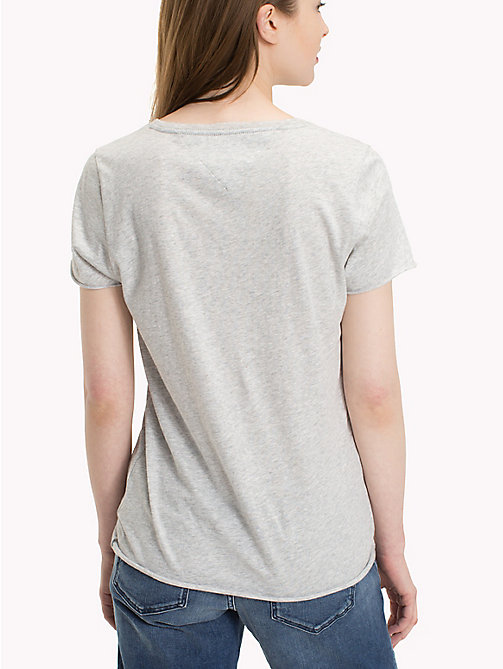 TOMMY JEANS Organic Cotton Colour Pop Logo T-Shirt - LIGHT GREY HTR BC03 - TOMMY JEANS Vacation Style - detail image 1