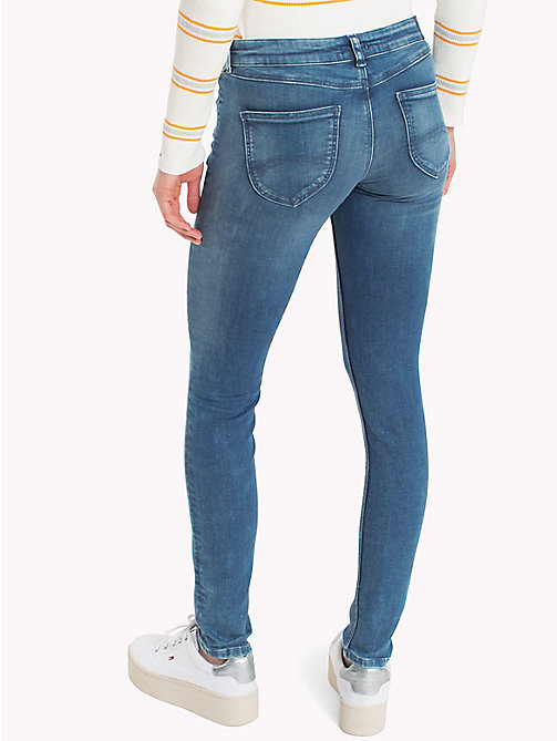 TOMMY JEANS Skinny Fit Jeans mit dynamischem Stretch - DYNAMIC EVO STONE LIGHT BLUE STR - TOMMY JEANS Jeans - main image 1