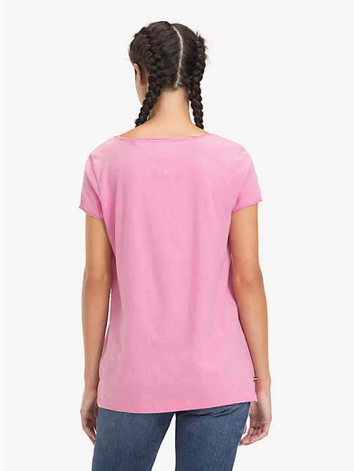 TOMMY JEANS Bio-Baumwoll-T-Shirt mit V-Ausschnitt - LILAC CHIFFON - TOMMY JEANS Sustainable Evolution - main image 1