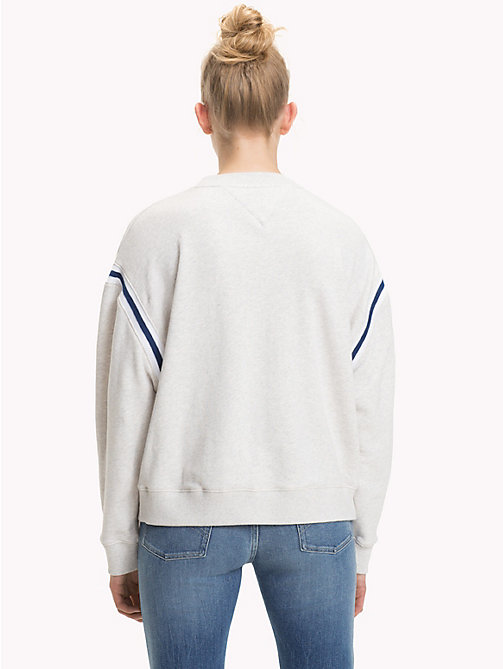 TOMMY JEANS Sweatshirt mit Tommy Jeans-85-Logo - PALE GREY HEATHER - TOMMY JEANS TOMMY JEANS DAMEN - main image 1
