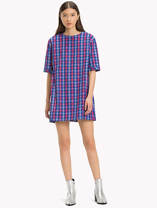 TOMMY JEANS Robe évasée imprimée - MULTI COLOR CHECK - TOMMY JEANS Robes & Jupes - image principale