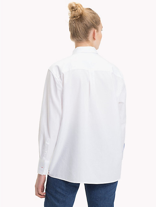 TOMMY JEANS Logo Boyfriend Fit Shirt - BRIGHT WHITE - TOMMY JEANS Tops - detail image 1