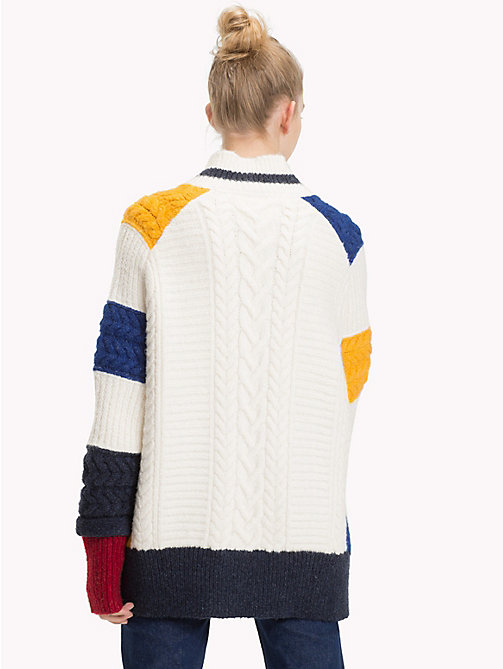 TOMMY JEANS Oversized Chunky Knit Colour-Blocked Cardigan - CLOUD DANCER / MULTI - TOMMY JEANS Sweatshirts & Knitwear - detail image 1