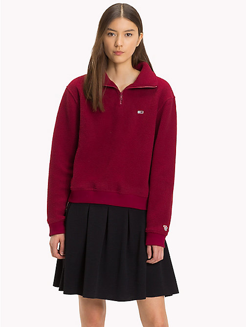 TOMMY JEANS Fleece Regular Fit Sweatshirt - RUMBA RED - TOMMY JEANS Tommy Classics - main image
