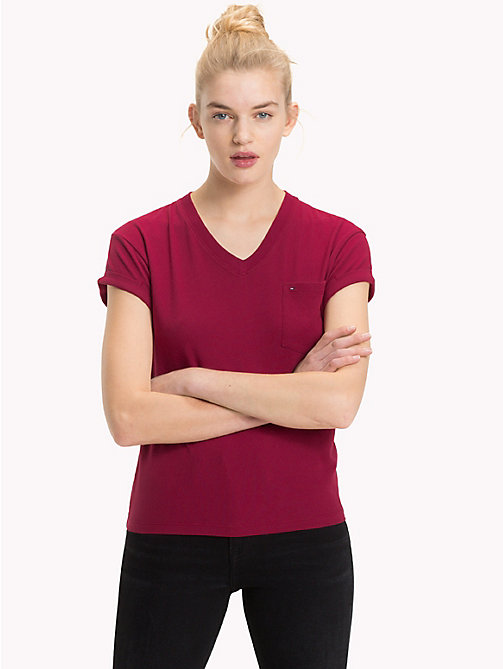 TOMMY JEANS Cropped Fit T-Shirt mit V-Ausschnitt - RUMBA RED - TOMMY JEANS Tops - main image