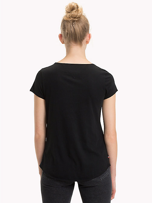 TOMMY JEANS T-shirt en coton bio - TOMMY BLACK - TOMMY JEANS Sustainable Evolution - image détaillée 1