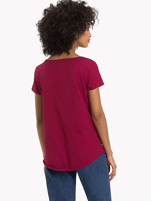 TOMMY JEANS Organic Cotton T-Shirt - RUMBA RED - TOMMY JEANS Sustainable Evolution - detail image 1