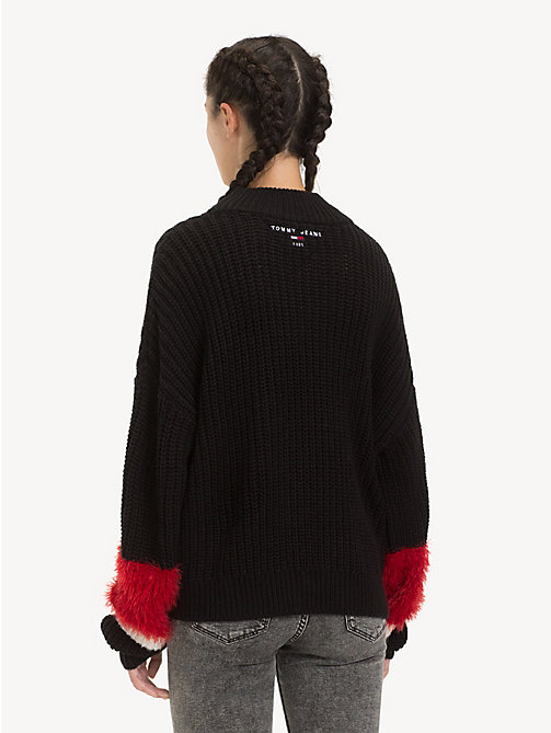 TOMMY JEANS Colour-Blocked Contrast Sleeve Jumper - TOMMY BLACK - TOMMY JEANS Knitwear - detail image 1