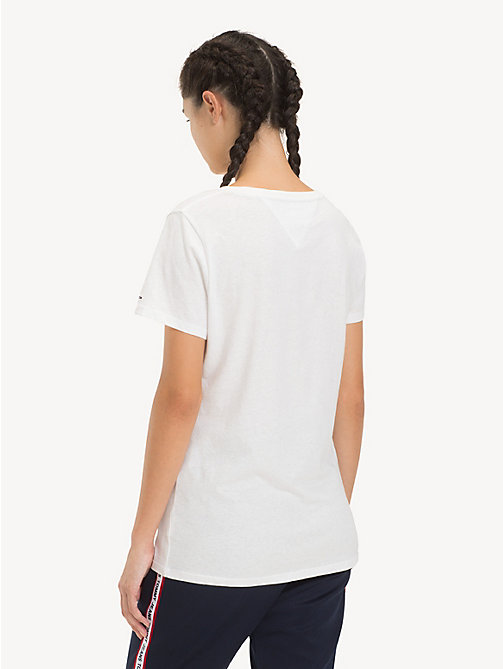 TOMMY JEANS Camiseta con cuello redondo - CLASSIC WHITE - TOMMY JEANS Sustainable Evolution - imagen detallada 1