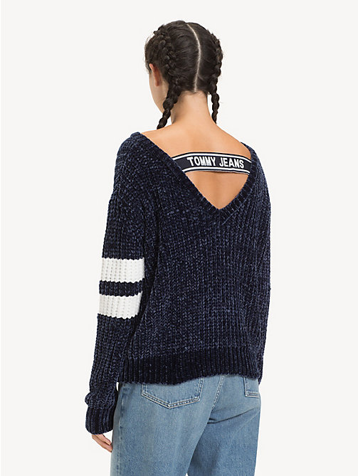 TOMMY JEANS V-Neck Back Strap Jumper - BLACK IRIS - TOMMY JEANS Knitwear - detail image 1