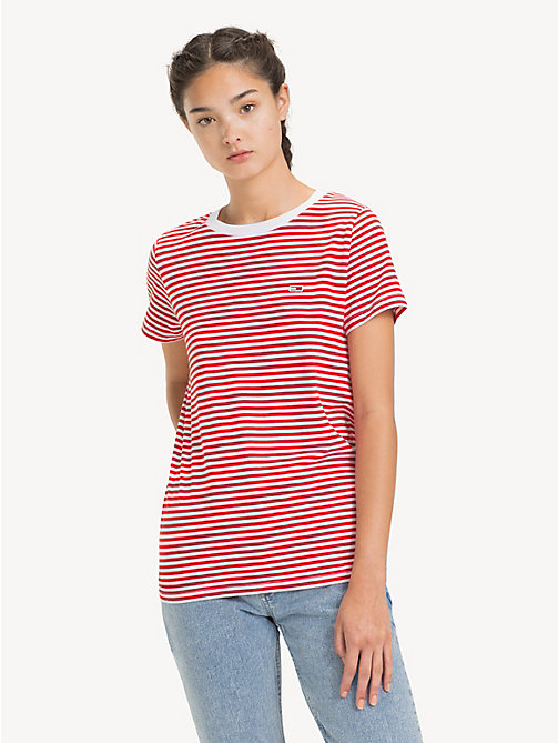 TOMMY JEANS Tommy Classics T-Shirt mit Streifen - FLAME SCARLET / CLASSIC WHITE - TOMMY JEANS Sustainable Evolution - main image