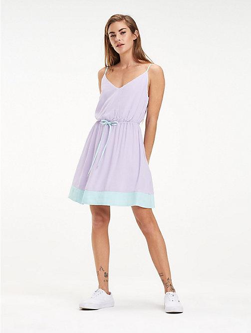 Платья для женщины  b4fb1a1a4e692