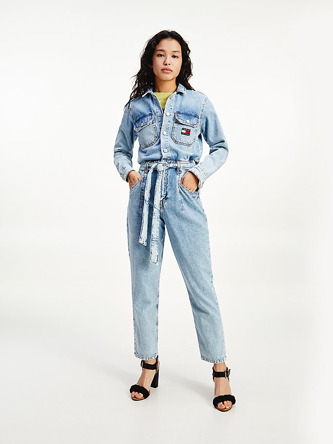 tuta in denim con cintura e distintivo tommy denim da women tommy jeans