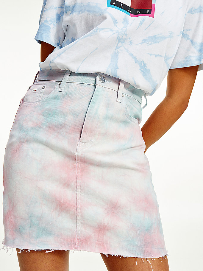 denim mom tie-dye tommy badge denim skirt for women tommy jeans