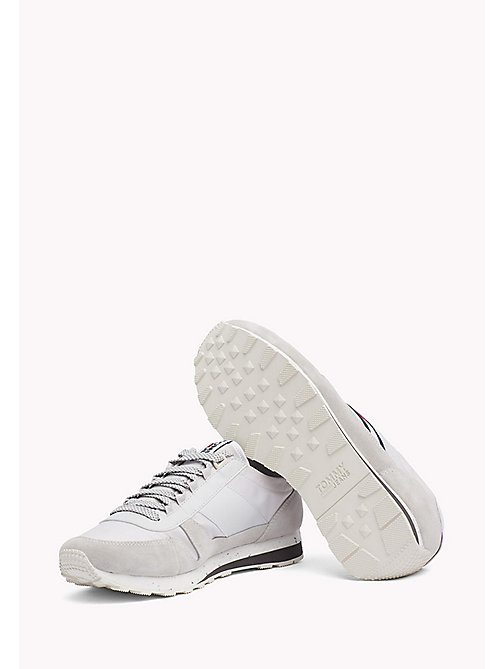 TOMMY HILFIGER Retro Suede Trainers - DIAMOND GREY - TOMMY JEANS Обувь - подробное изображение 1