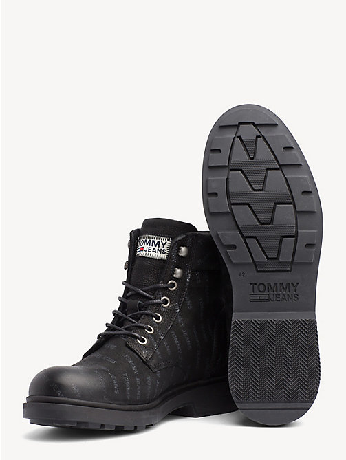 TOMMY JEANS Nubuck laars met logoprint - BLACK - TOMMY JEANS Sustainable Evolution - detail image 1