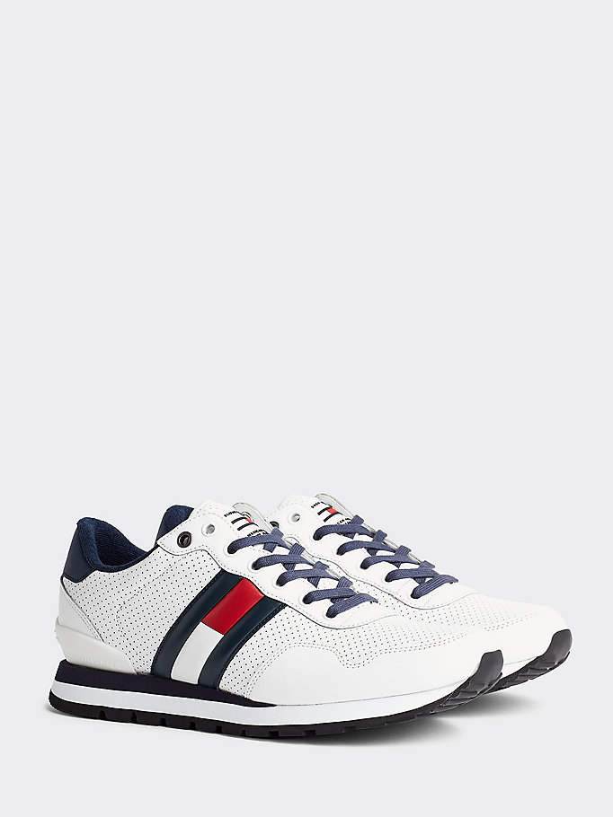 baskets chunky perforées blanc pour hommes tommy jeans