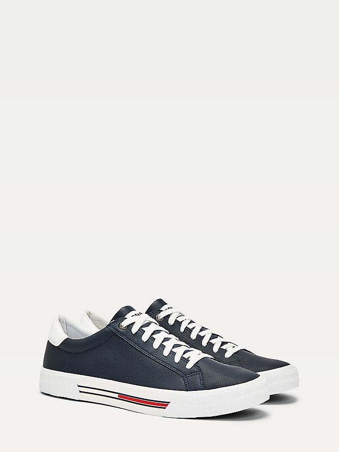 blue essentials low-top leather trainers for men tommy jeans