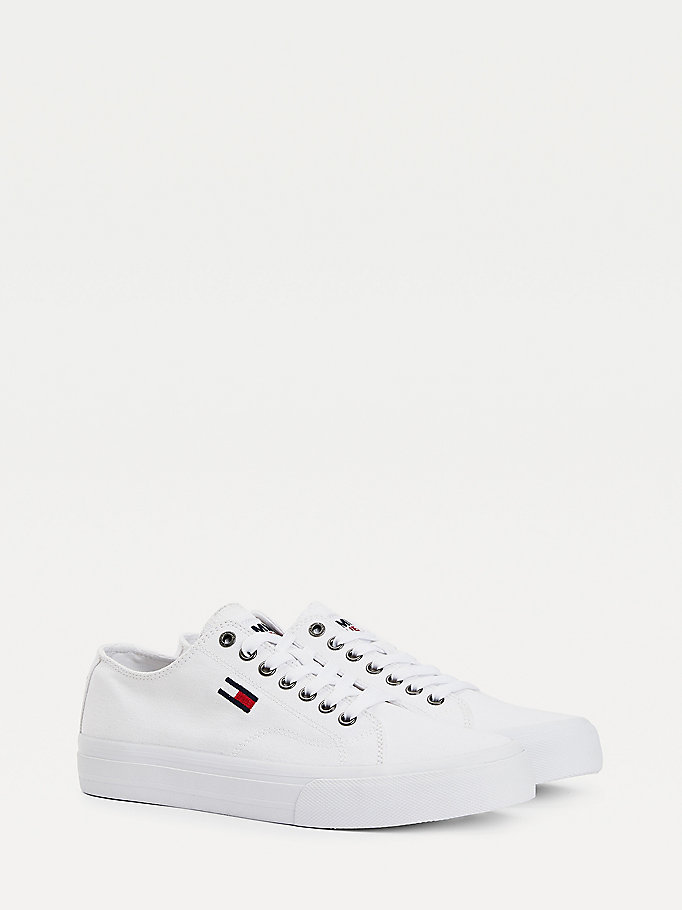 white recycled cotton low-top trainers for men tommy jeans