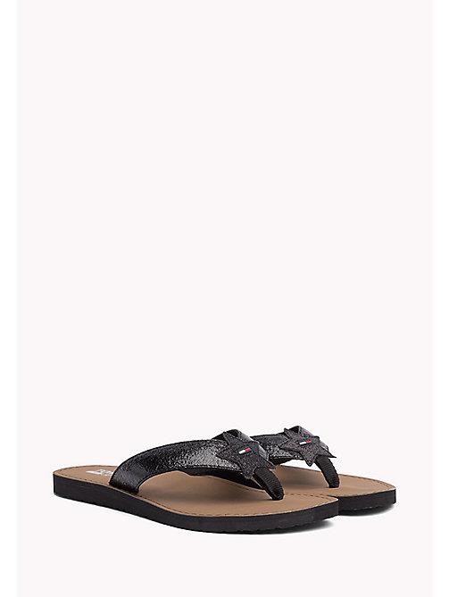 TOMMY JEANS Metallic teenslipper - BLACK - TOMMY JEANS Schoenen - main image