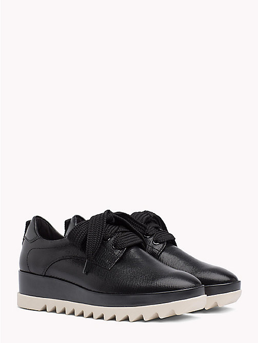 TOMMY JEANS Flatform Logo Tape Trainers - BLACK - TOMMY JEANS VACATION - main image